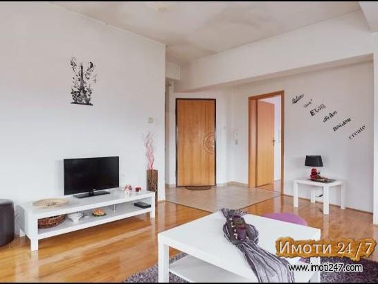 Izdavam 2-soben stan vo Crniche 55 m2