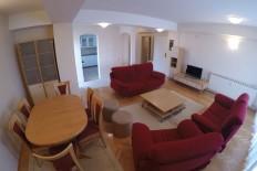 Фамилијарен 118м2 стан во Карпош во одлична состојба