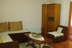 Се  издава стан кај Веро Џамбо позади кафаната Лезет населба Пролет