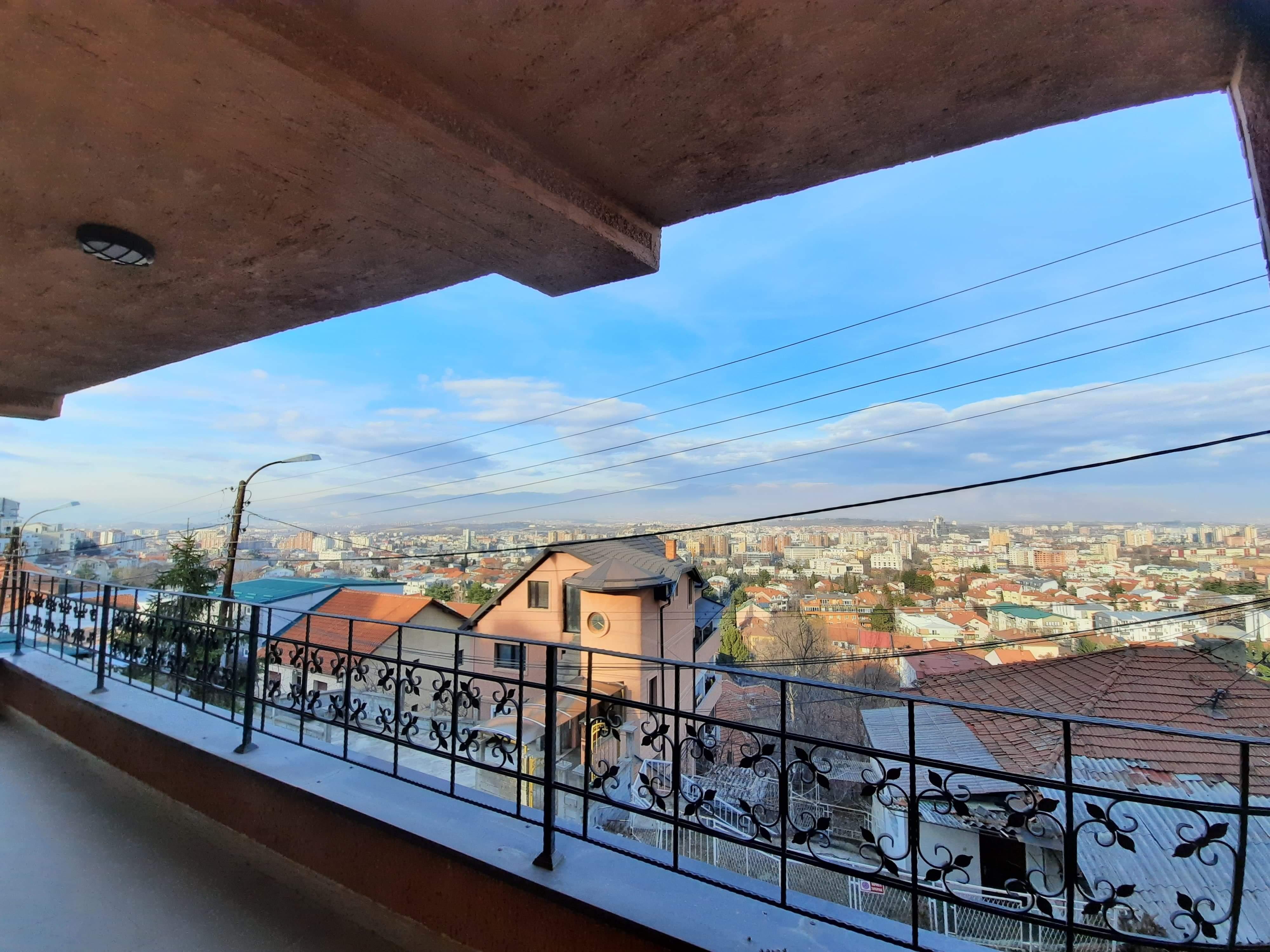 Prodav stan na Vodno so pogled kon Skopje