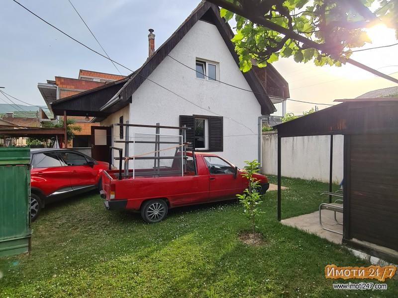 Се продава куќа во Ѓорче Петров