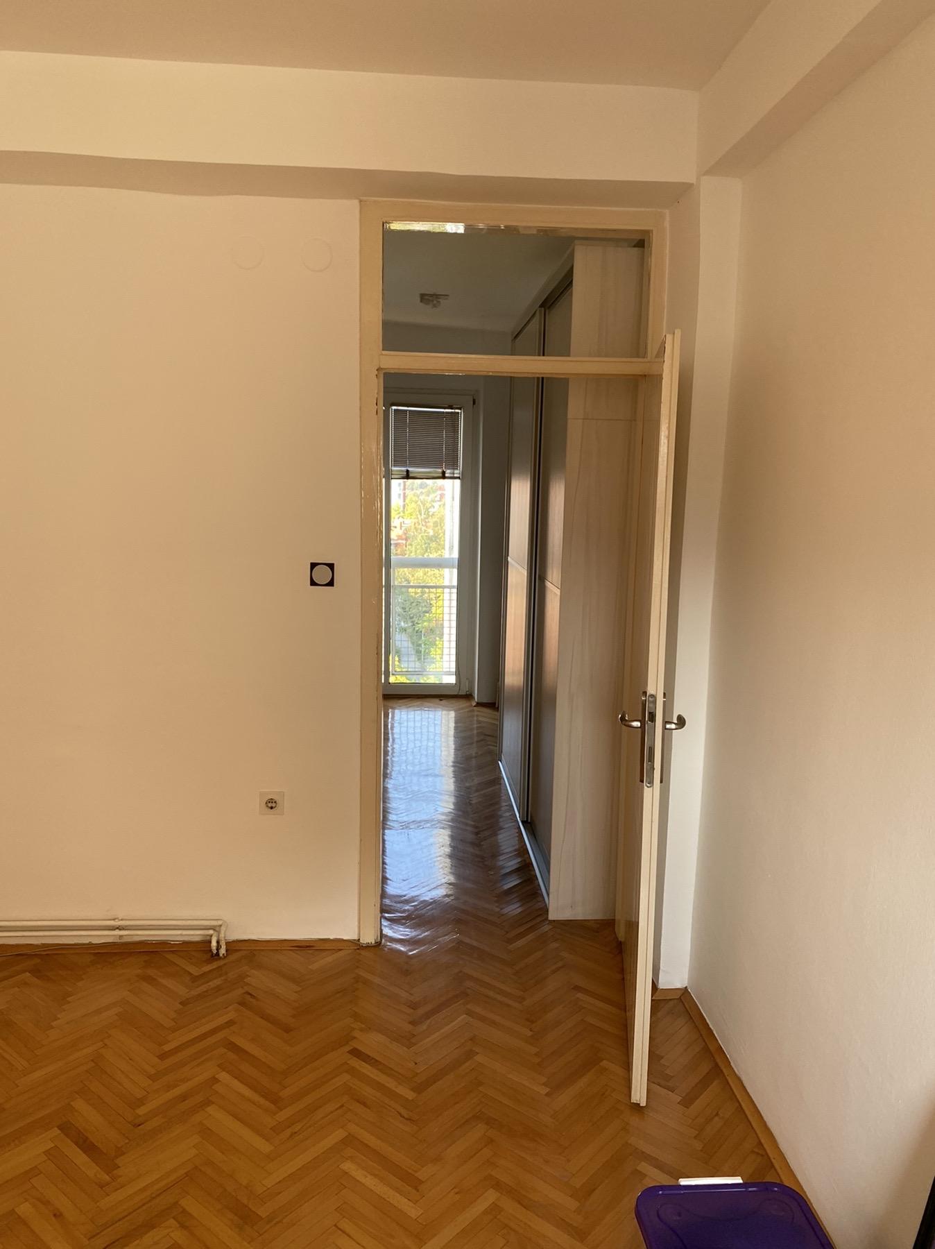 Продавам стан