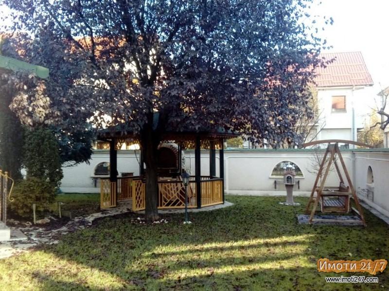 Се продава Куќа во  нас ЃПетров
