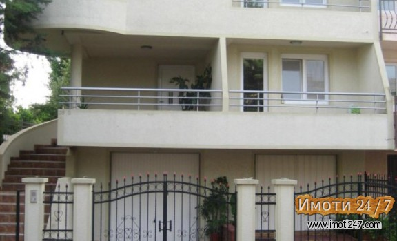 Продава Куќа во  нас Радишани