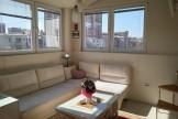Урбан Ливинг продава 25 собен стан во Центар